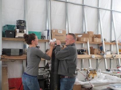 Carolyn and Steve getting some helium ready