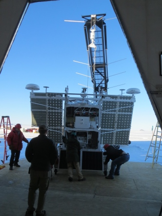 The riggers rolling the gondola out. Brent made sure to play the song Roll Out, on our playlist just for this occasion!